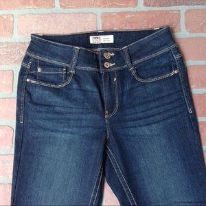 L.e.i.  Sophia hipster flare Jeans